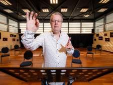 Dapper of onverstandig? Dirigent Wilco Stronks  begint nieuw koor in Apeldoorn