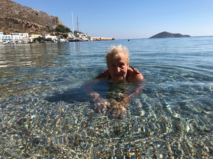 Hulde aan de 82-jarige, snorkelende Marthe Willink-Ottenheym.
