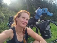 Floor Ockers wil nooit meer huisje, boompje, beestje; ze stapte op de fiets voor een tocht zonder doel