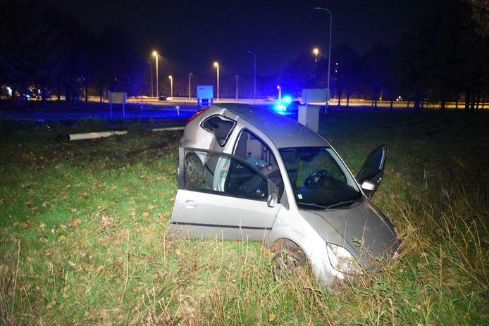 Afgelopen zaterdag ging het nog mis op de Uithof, toen vier voetbalfans met hun auto in een greppel reden