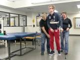 Vader start kliniek hersenrevalidatie nadat zoon herstelt van ernstig ongeluk