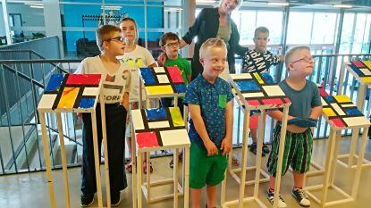 Leerlingen stellen eigen Mondriaan tentoon