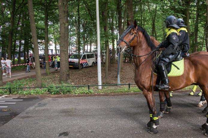 De Nijmeegse burgemeester Hubert Bruls gaat er van uit dat de wedstrijd van NEC tegen Jong PSV, volgende week vrijdag in Nijmegen, niet afgelast hoeft te worden als gevolg van de politieacties.