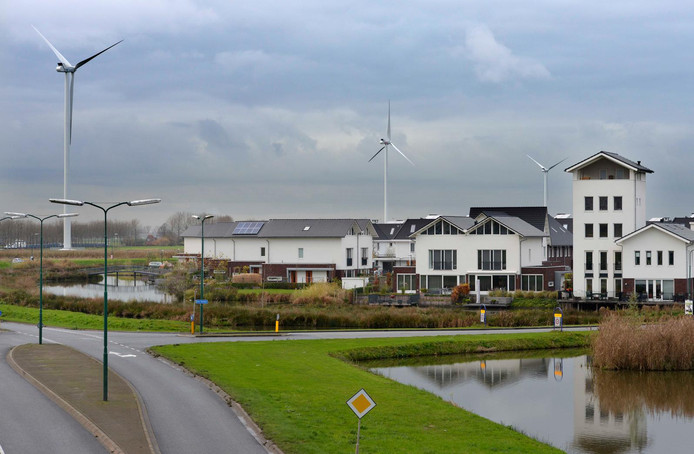 De windmolens van Windpark Houten.