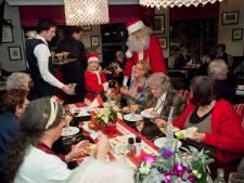 Kerstdiners voor eenzamen in opkomst, maar jezelf aanmelden is lastig
