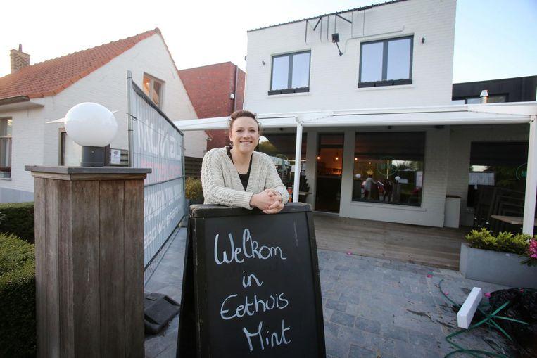 Uitbaatster Stéphanie Van Severen verwelkomt vanaf vrijdag opnieuw klanten in Eethuis Mint.