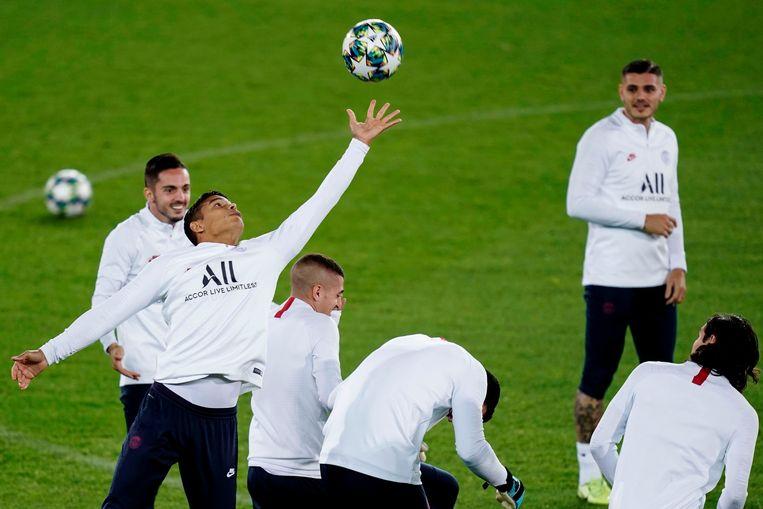 Thiago Silva even als doelman.