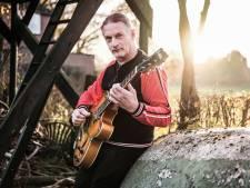 De oude wil muzikant Michiel niet meer zijn, die kreeg immers een infarct: 'Het leven is een flipperkast'