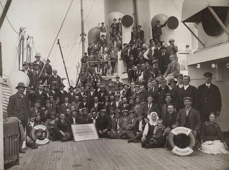 Passagiers aan boord van ss Volendam van de Holland-Amerika Lijn, circa 1925. Beeld Fotografie Strauss
