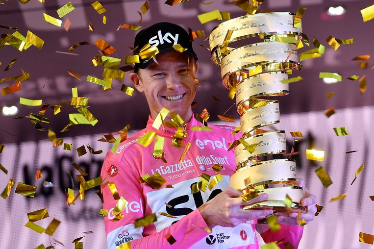 Foto Fabio Ferrari - LaPresse 27/05/2018 Roma (Italia)Sport CiclismoGiro d'Italia 2018 - edizione 101- tappa 21ROMA - ROMANella foto: FROOME Chris (GBR) (TEAM SKY) vincitore Giro D'ItaliaPhoto Fabio Ferrari - LaPresseMay 27, 2018 Roma (Italy) Sport CyclingGiro d'Italia 2018 - 101th edition - stage 21ROMA - ROMAIn the pic: FROOME Chris (GBR) (TEAM SKY) winner of Giro d'italia Beeld LaPresse
