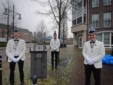 Oldenzaalse Blaanke Boeskeulkes steekt de nek uit met symbolische vorst: 'Verbinden, juist nu!'