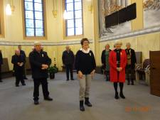 Marian, Betsie en Johan zingen samen al 160 jaar in het kerkkoor van Zenderen