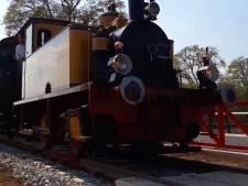 Zwelgen in Nostalgie: stoomlocomotief tussen Haaksbergen en Boekelo