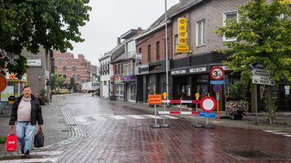 Na heisa over eenrichtingsverkeer: Kerkstraat nu volledig afgesloten