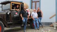 Oldtimer brengt 500 liter verse Lambiek van brouwerij Sako aan de deur bij café De Bascule