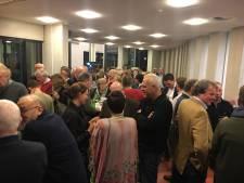 Nauwelijks zenuwen, wel spanning in gemeentehuis in Goor