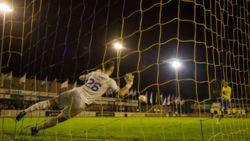 Lisse en Hoek moeten penaltyreeks overdoen in KNVB-beker na blunder ref