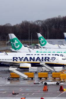 Ryanair moet vergoeding betalen aan piloten die zelf vertrokken
