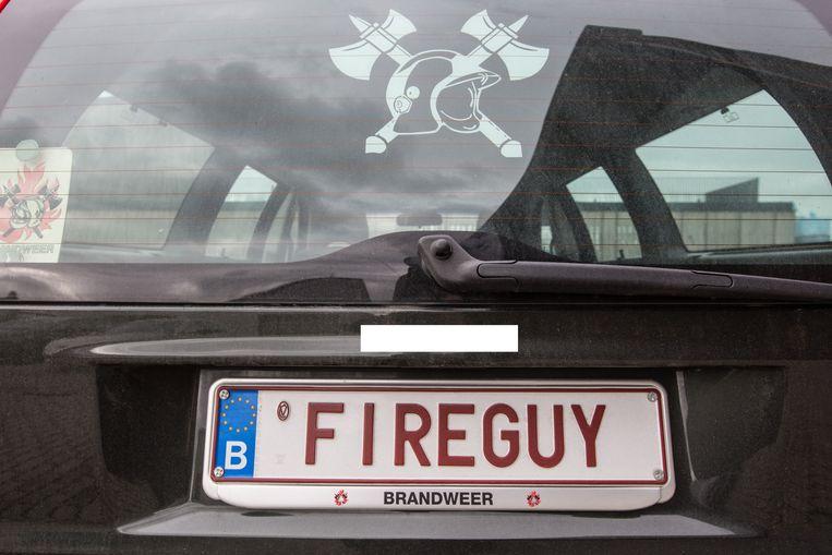 Een Gentse brandweerman liet de gepersonaliseerde nummerplaat 'Fireguy' maken.
