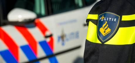 Politie haalt dronken bestuurder uit auto: 'Zelden zo'n zatlap gezien'