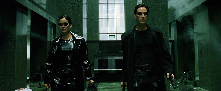 Carrie-Anne Moss en Keanu Reeves in The Matrix uit 1999, nu te zien in een gerestaureerde versie. Beeld