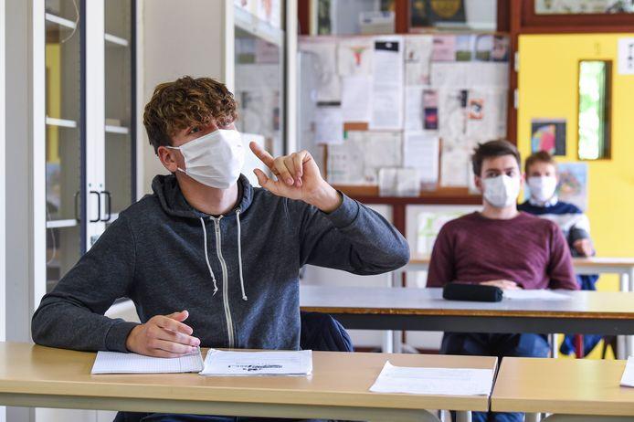 Niet alleen in de Gentse stedelijke basisscholen, ook in het middelbaar waren iets meer scholieren dan andere jaren aanwezig in de eerste schoolweek.