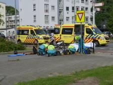 Man op driewielmotor raakt zwaargewond bij aanrijding met bestelwagen op Hengelolaan
