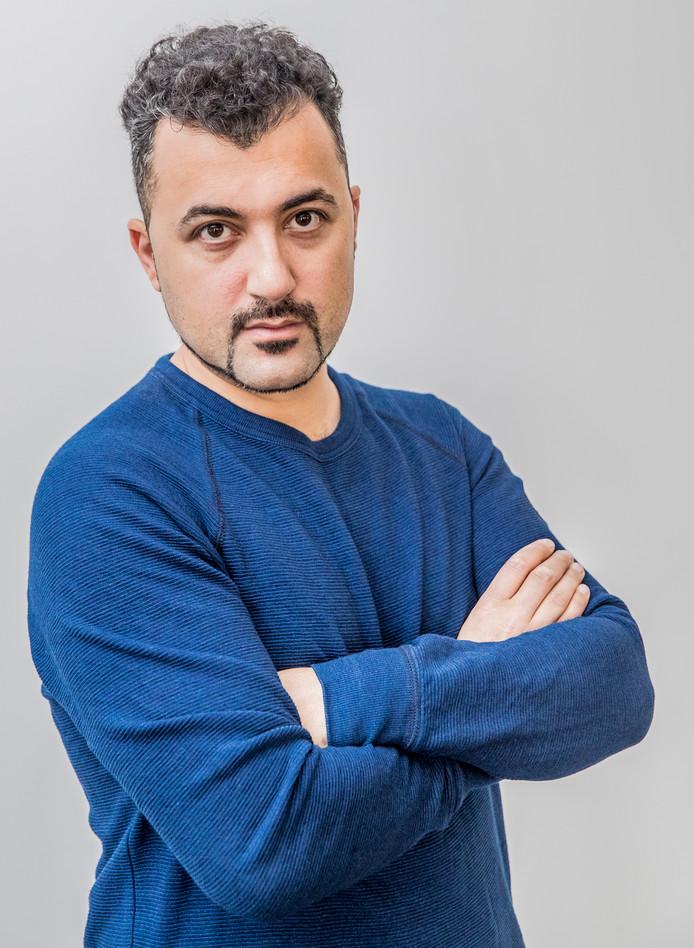 Özcan Akyol bedankt voor de eer.
