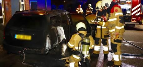 Autobrand Oeffelt mogelijk aangestoken