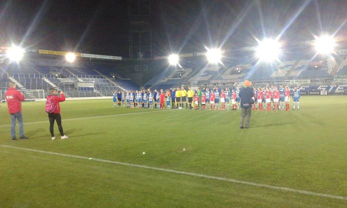 Voor de aanvang van de wedstrijd. Foto: Arnoud de Vries