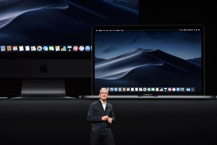 Apple-topman Tim Cook bij de laatste voorstelling van onder andere een nieuwe MacBook Air, dinsdag in New York.