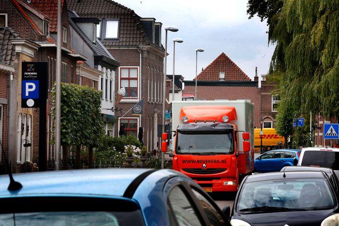 In de Tolstraat en de Gorinchemsestraat komt een vrachtwagenverbod, per half oktober. Daar liep het op 22 juni helemaal vast.