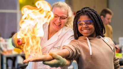 Wereldmeisjesdag in Technopolis wordt gevierd met fotoshoot van Aalsterse leerlingen