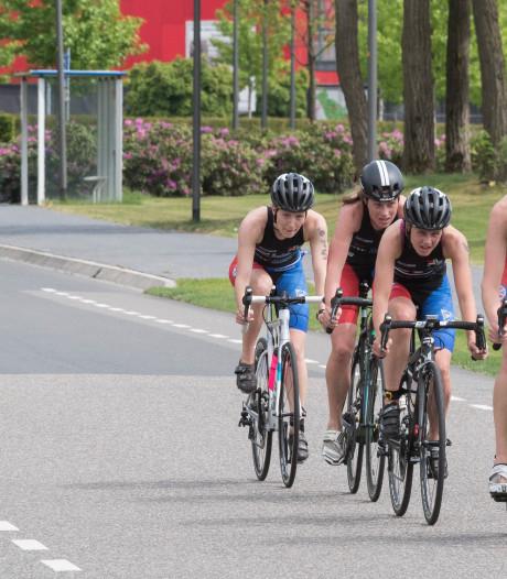 UT-Triathlon voor sportievelingen op de campus
