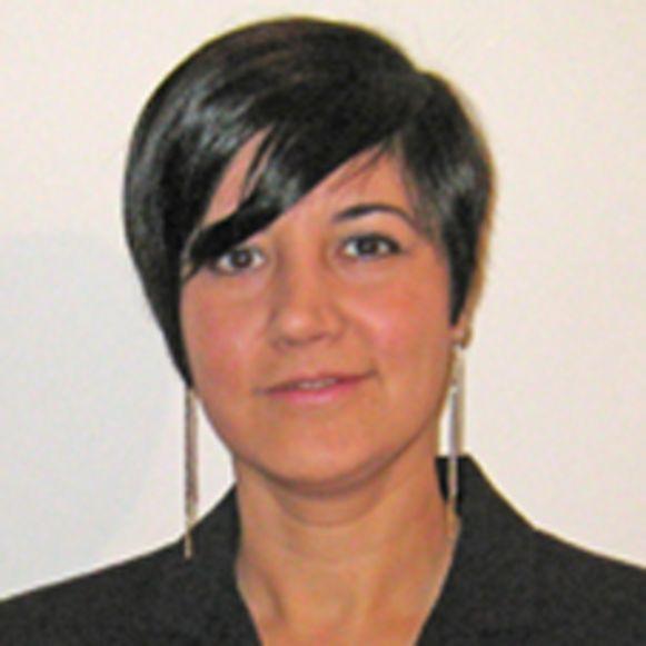 Mehrnaz Didgar (51) bracht haar tienerdochter Eline om in hun appartement in de Leuvense Vaartstraat. Aan de overkant staat het gerechtsgebouw waar haar proces plaatsvindt.