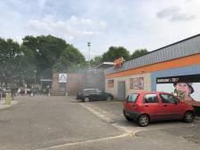 Brand bij supermarkt in Almelo, pand ontruimd