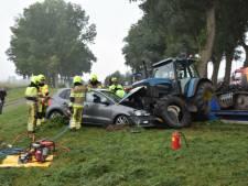 Gewonden bij frontale botsing tussen tractor en twee auto's in Bern