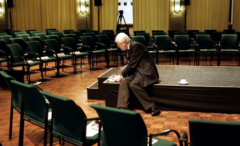 Hans Wiegel, inmiddels erelid van de VVD, bereidt zich voor op de landelijke voorzittersdag in Ermelo, 2005.  Beeld HH