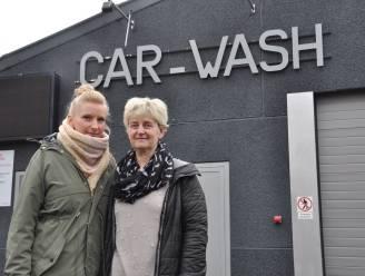 """""""Vlaanderen zegt ja, federale regering zegt nee. Wat is het nu?"""": uitbaters carwash weten niet of ze deuren mogen openen"""