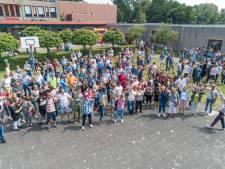 Dove oud-leerlingen bijeen op historische grond Kentalis Compas College