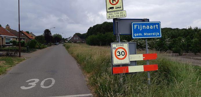 Fijnaart...in de Rolleweg van Oud Gastel