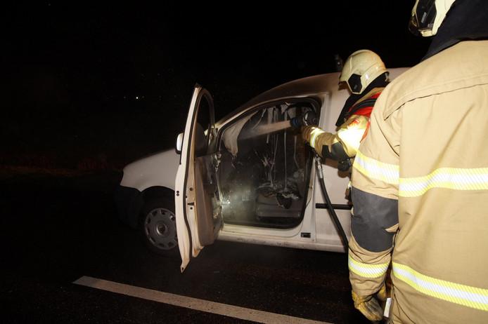 De bestuurder raakte niet gewond en kwam met de schrik vrij.