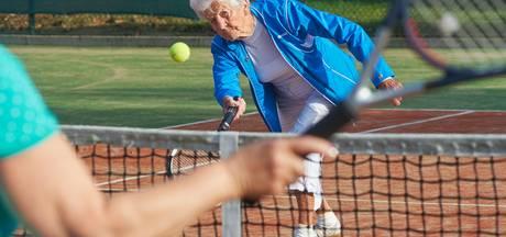 Udense stopt op 92-jarige leeftijd met tennis: 'Het is mooi geweest'
