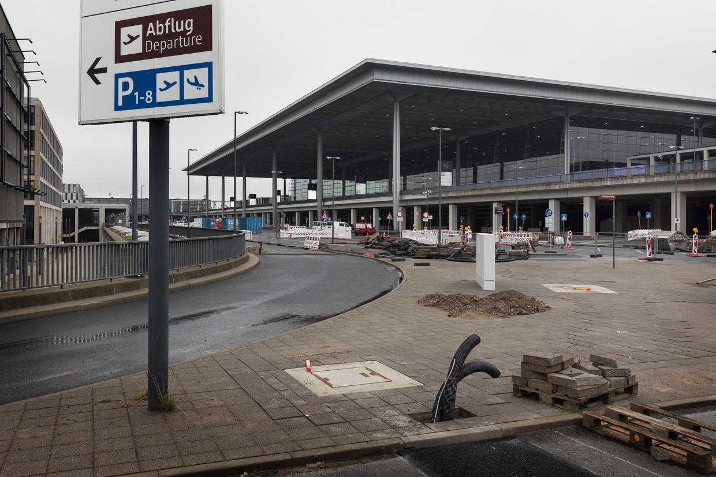 Het aanzicht van de luchthaven met zijn lange voorgeschiedenis. Beeld Daniel Rosenthal