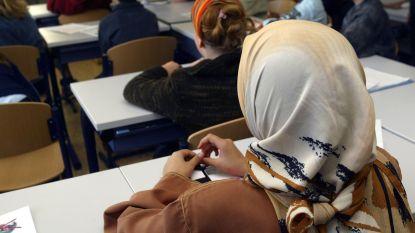 Groen pleit opnieuw voor afschaffing hoofddoekenverbod