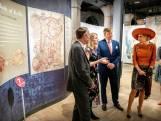Koningspaar bezoekt wereldberoemde Ierse bibliotheek