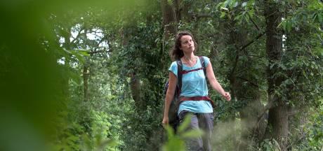 Evelien wandelt 1650 kilometer door Nederland: 'Deze kant van Breda is prachtig'