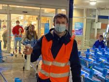 Horecamedewerkers aan de slag bij de supermarkt: 'Dit is een échte win-win-situatie'