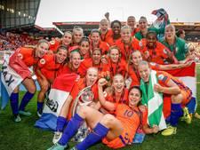 Oranje Leeuwinnen op bezoek bij Willem-Alexander en Rutte