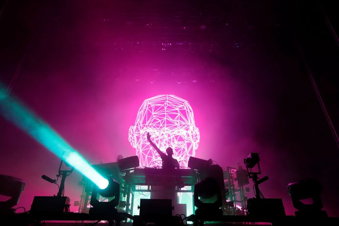 The Chemical Brothers op muziekfestival We Are Electric.
